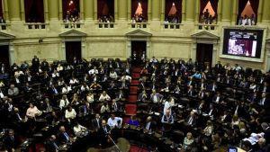 Los legisladores tienen 10 días hábiles para cuestionar el decreto impulsado por Mauricio Macri