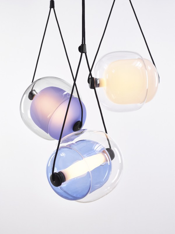 CAPSULA Triangle Brokis PC943 pendant lamp transparent glass blue violet yellow