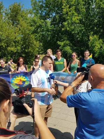 Entrevista para el noticiero de la Televisión Nacional Lituana