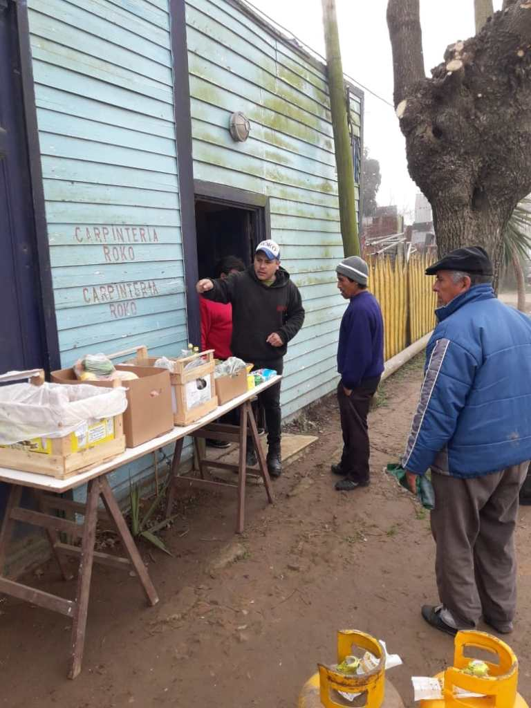 La canasta de alimentos y la garrafa social llegó a mas de 140 familias.