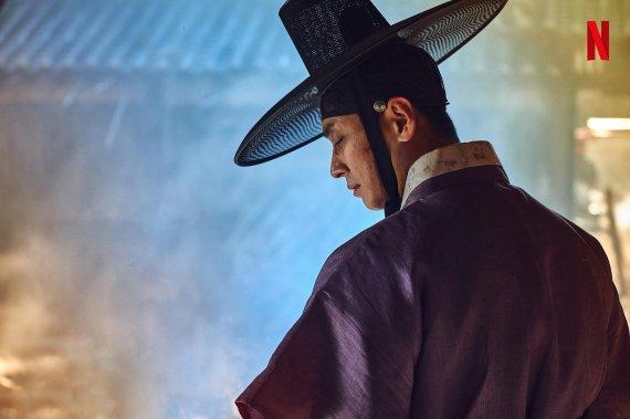 Netflix『キングダム』の魅力にはまる外国人が続出…「帽子が格好いい」