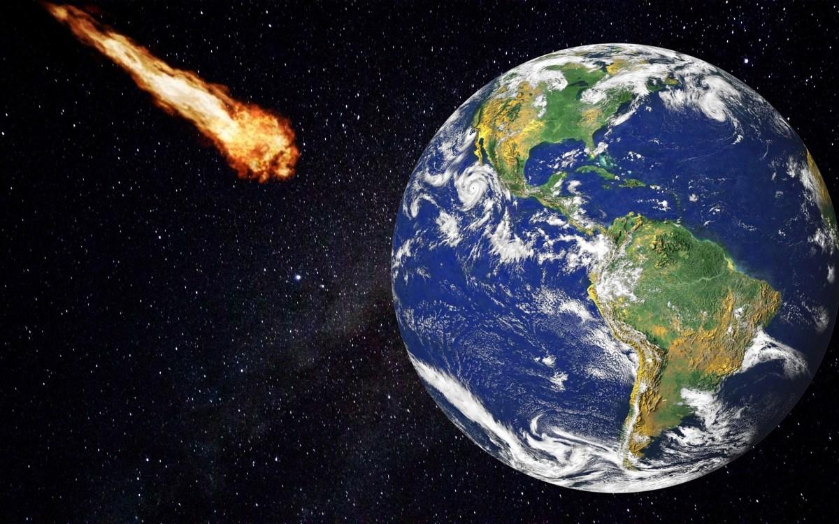 小惑星が地球に急接近…衝突可能性は?