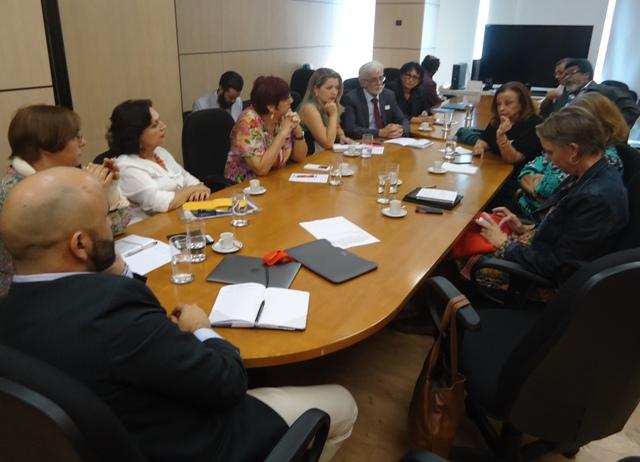 FNE participa de reunião sobre construção da Base Nacional Comum Curricular