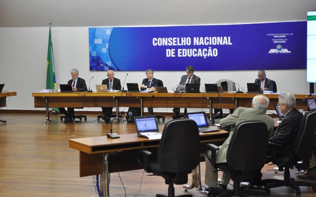 Conselheiras se posicionaram contra a aprovação da BNCC no CNE