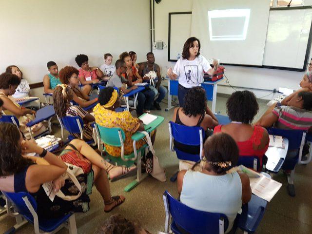Fórum Social Mundial conhece campanha da Contee em defesa da educação brasileira
