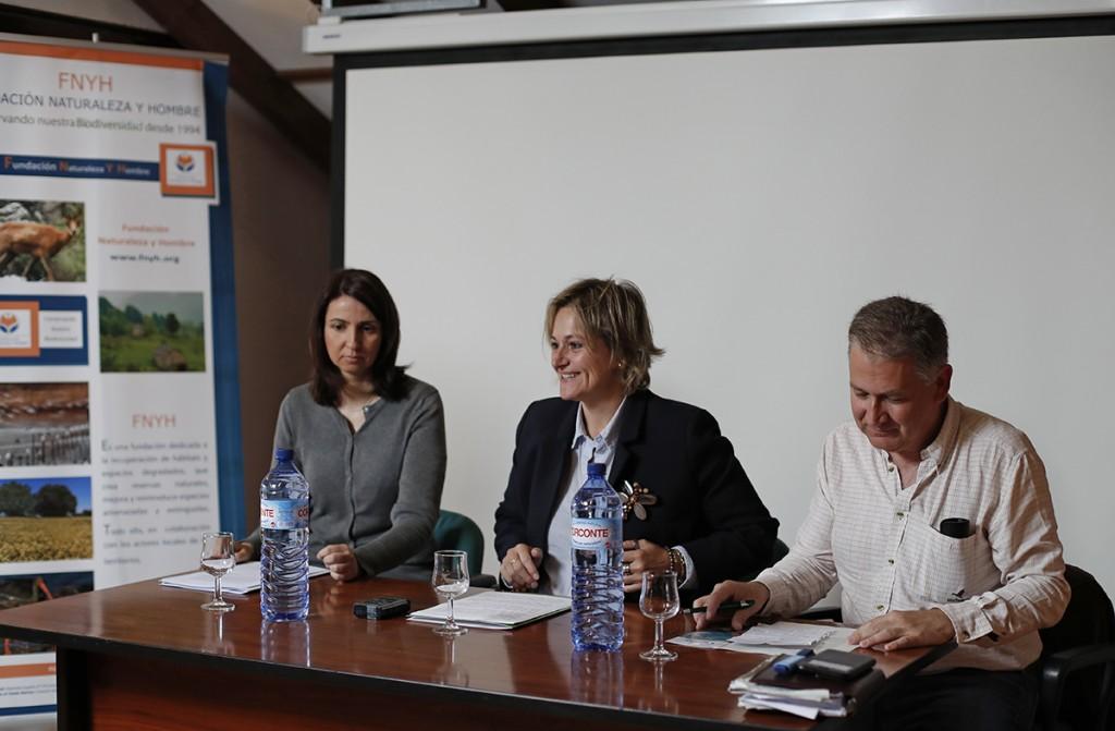 Isabel Gurbindo, Esther Bolado y Carlos Sanchez