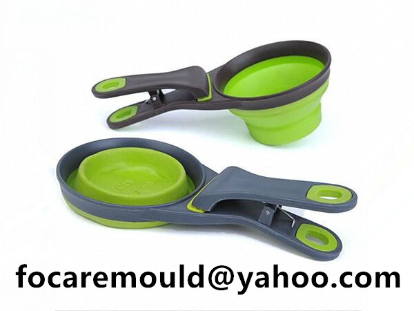 two color dog food spoon with clip