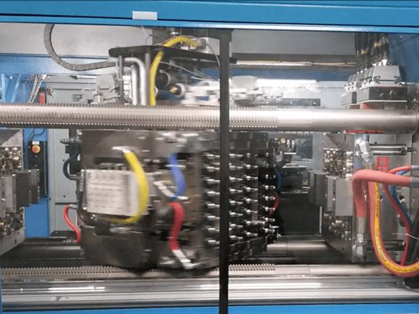 rotating stack mold