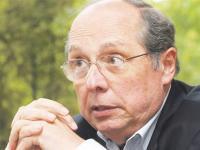 """Entrevista a Guillermo Calvo: """"Lo que pasó con las tarifas fue un pequeño accidente"""""""