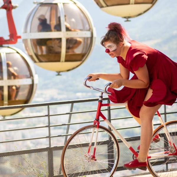 Brigitte Designolle - Seule en roue