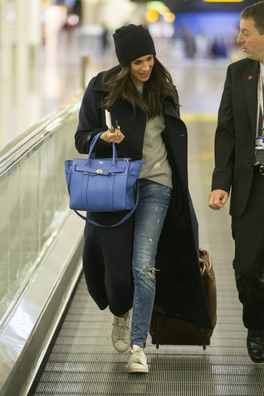 December 19, 2016: Meghan Markle na Heathrow Airport prome cu el a borda vuelo bek pa USA.
