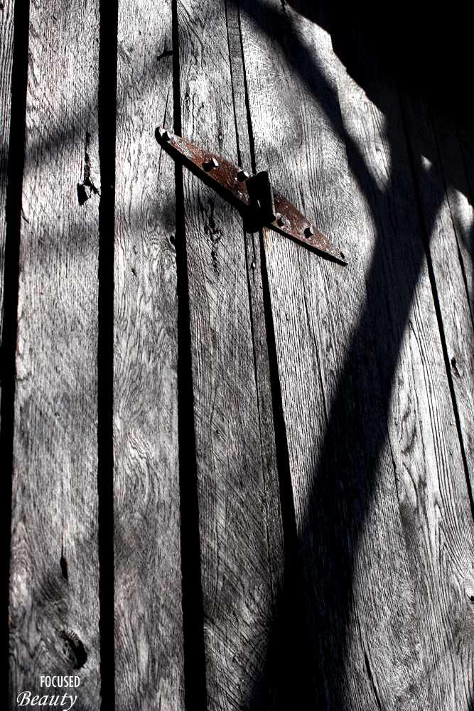 A Hinge and a shadow