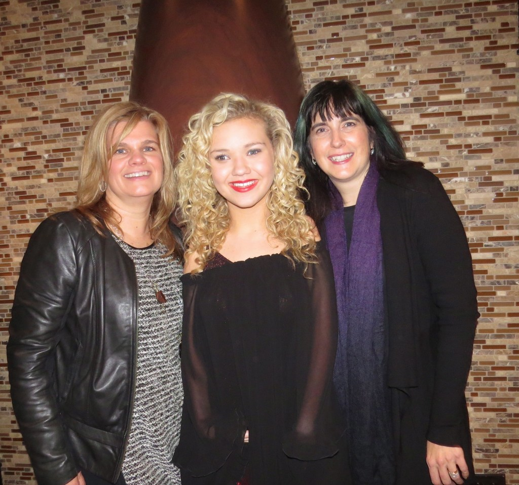 Pictured (left to right): Lynn Tinsey, Richlyn Marketing Partner; Rion Paige, and Kate Richardson Richlyn Marketing Partner