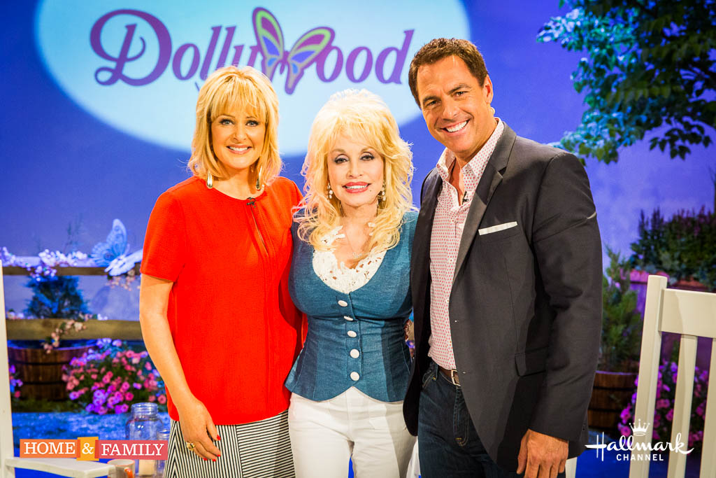 "Dolly Parton with the hosts of ""Home & Family"""