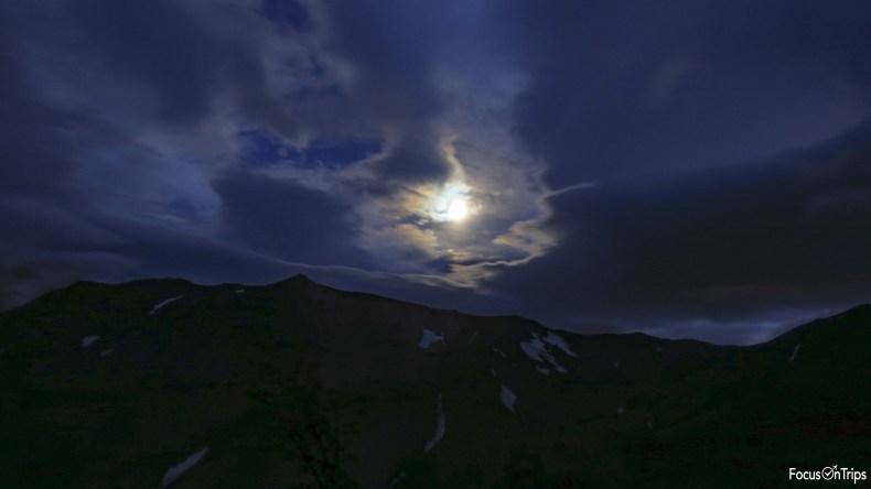 Torres del Paine moon light