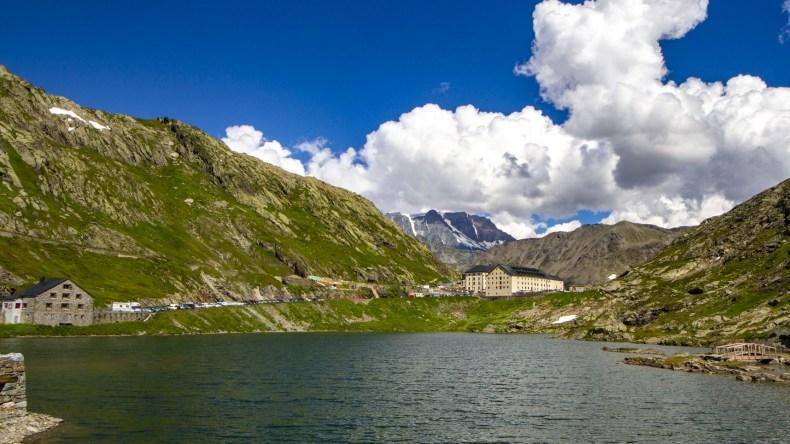 lago gran san bernardo