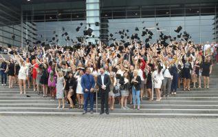 pxl bachelors 2016 2b