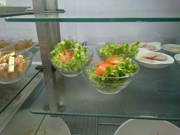 2016.06.20 Entrées cervelas , salades 2