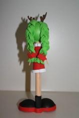 Fofucha Niña Navideña con diadema de cuernos de reno. 20 cm