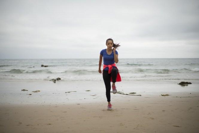 foggydress_workout_beach