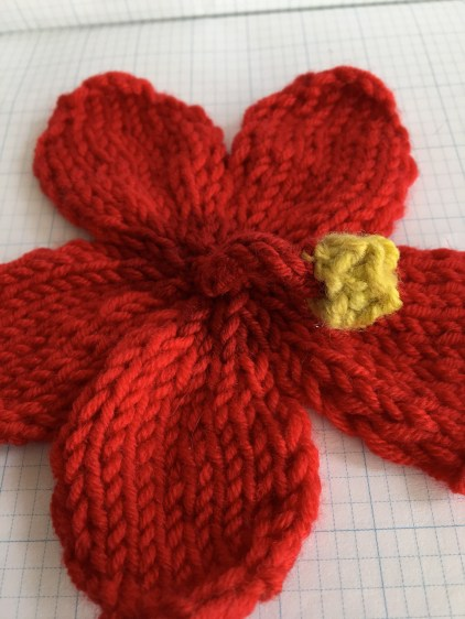 hibiscus-knitted-flower-20-to-make