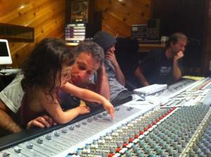 "Alex & Haven mixing ""Blurred"""