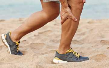 feet gout