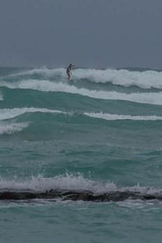 fokopoint-3320 Hurricane Lane in Waikiki before arrival
