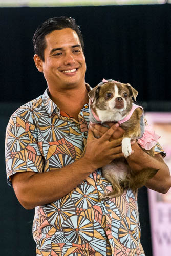 fokopoint-3864-1 Celebrities and Their Pets Fashion Show