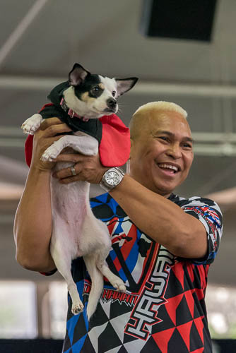 fokopoint-4094 Celebrities and Their Pets Fashion Show