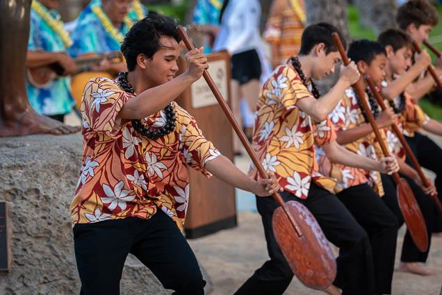 duke-kahanamoku-statue-birthday-lei-draping-waikiki-fokopoint-6638 Duke Kahanamoku Lei Draping Ceremony