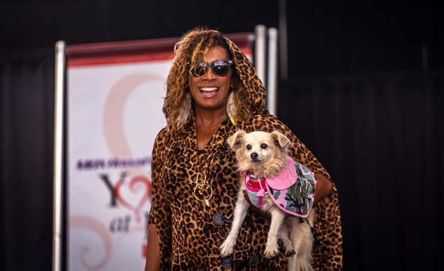 celebrities-pets-fashion-show-2019-honolulu-fokopoint-8624 Celebrities and their Pets Fashion Show 2019