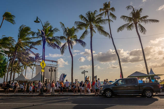 in-southern-sun-2019-queens-beach-waikiki-honolulu-fokopoint-7802-1 In the Southern Sun at Queen's Surf Beach