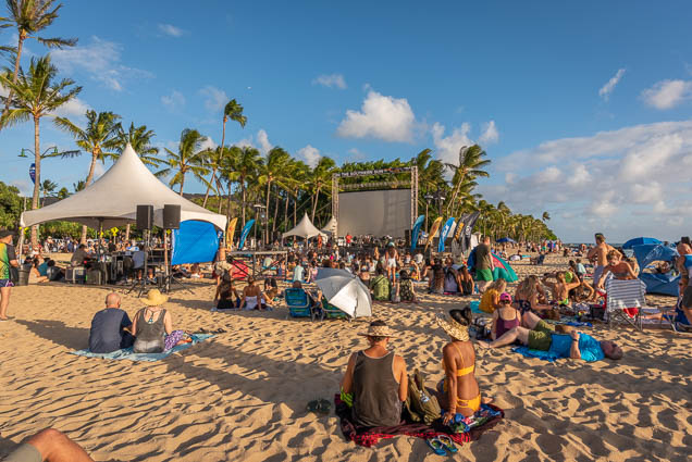 in-southern-sun-2019-queens-beach-waikiki-honolulu-fokopoint-7813 In the Southern Sun at Queen's Surf Beach