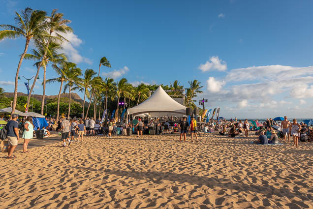 in-southern-sun-2019-queens-beach-waikiki-honolulu-fokopoint-7816 In the Southern Sun at Queen's Surf Beach