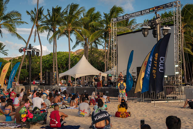 in-southern-sun-2019-queens-beach-waikiki-honolulu-fokopoint-7824-1 In the Southern Sun at Queen's Surf Beach