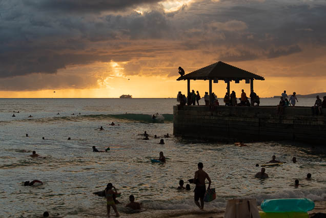 southwest-sunset-beach-september-2019-waikiki-fokopoint-7927 Southwest Sunset on the Beach