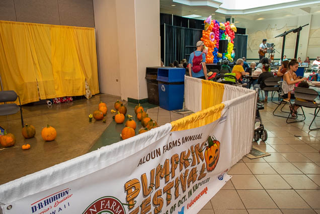 aloun-farms-pumpkin-festival-fokopoint-1178 Food and New Product Show at the Blaisdell