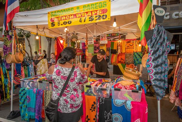 casual-movements-sarongs-wraps-pareos-fokopoint-1250 Waikiki Bazaar Festival