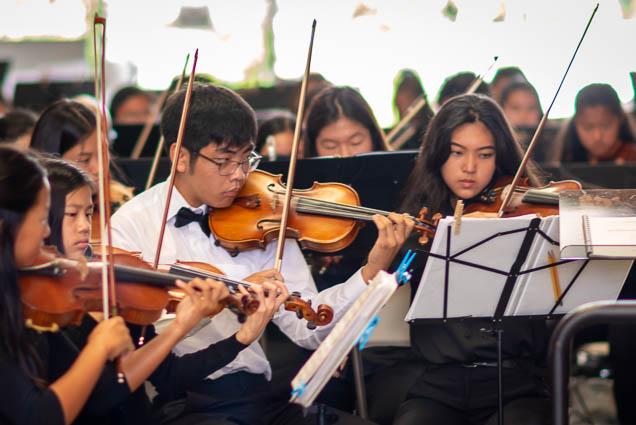 hawaii-youth-symphony-violin-salt-kakaako-fokopoint-1348-1 Hawaii Youth Symphony at Salt Kaka'ako
