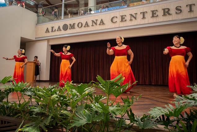 ka-hale-kahala-aloha-week-hula-ala-moana-fokopoint-0340 Aloha Week Hula at Ala Moana