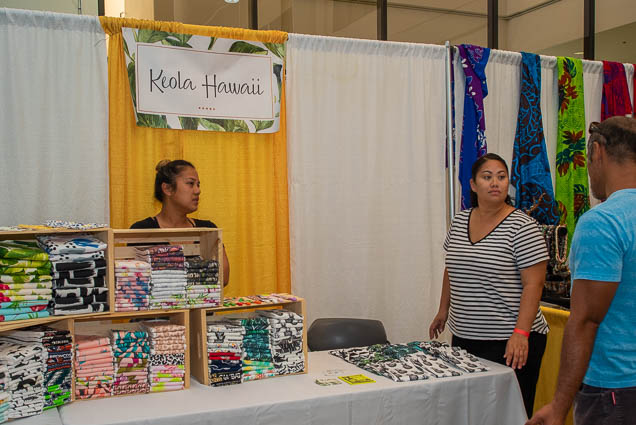 keola-hawaii-fokopoint-1181 Food and New Product Show at the Blaisdell