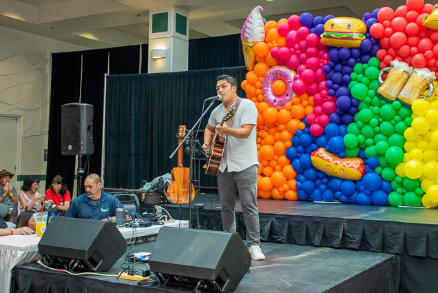 music-stage-food-new-product-show-2019-honolulu-fokopoint-1192 Food and New Product Show at the Blaisdell