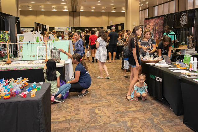 organic-holistic-metaphysical-expo-honolulu-2019-fokopoint-1105 Organic Holistic & Metaphysical Expo