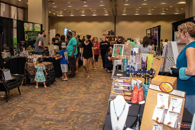 organic-holistic-metaphysical-expo-honolulu-2019-fokopoint-1112 Organic Holistic & Metaphysical Expo