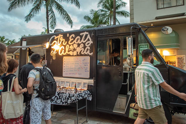 streats-aloha-food-truck-honolulu-fokopoint-1288 Waikiki Bazaar Festival