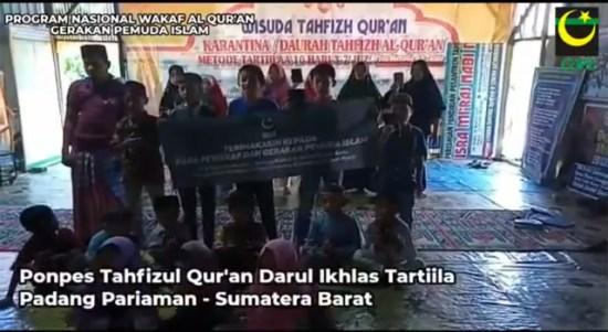 GPI Serahkan 1.000 Mushaf Al Qur'an Kepada Pesantren Tahfidz Seluruh Indonesia
