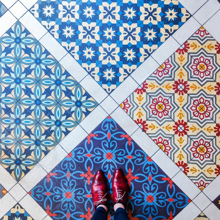 -pixartprinting-sebastian-erras-london-floors-designboom-818x818