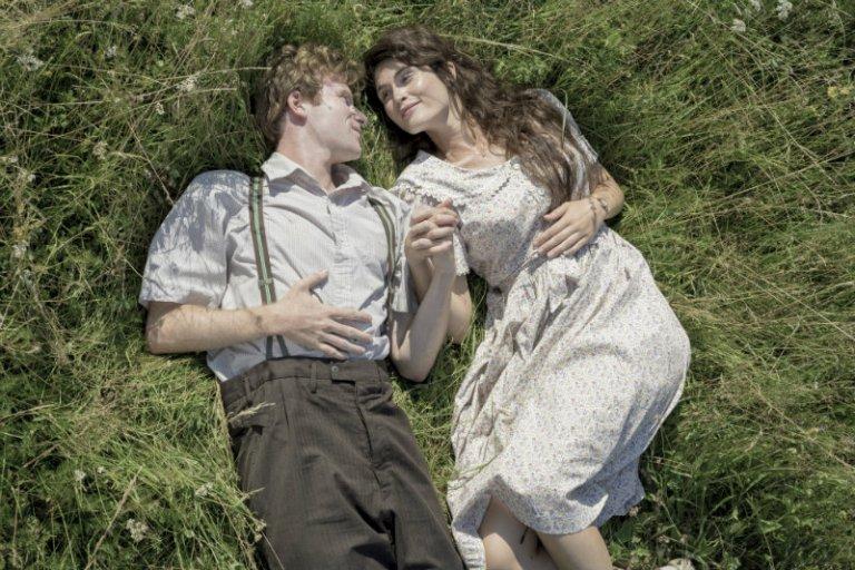 Koji film ste poslednji gledali? - Page 26 1-HISTORY-OF-LOVE-Still-7-Laurent-Guerin-%C2%A9-2_4_7_-Films-%E2%80%93-O%C3%AF-O%C3%8F-O%C3%8F-Productions