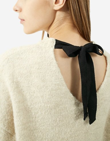 strd 3290 Sweater with back bow